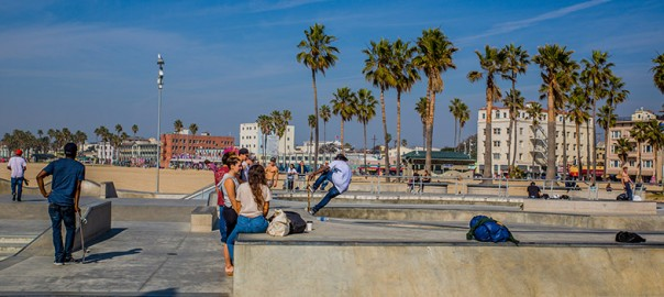 cTv RV Life, Venice Beach – Skateboarders and Street Artist Paradise